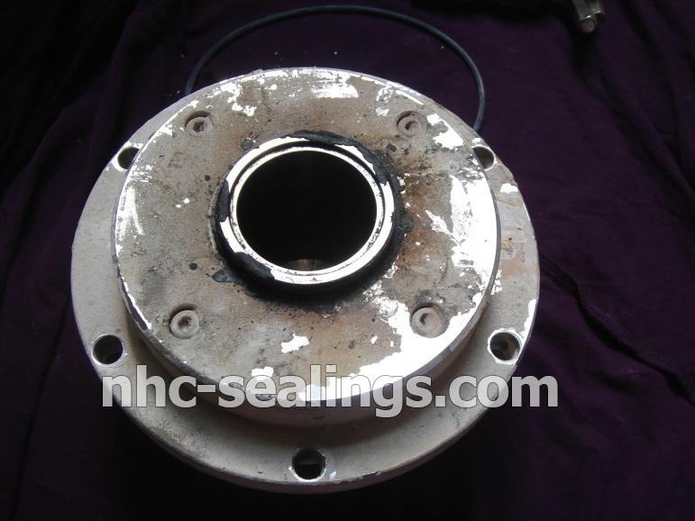 Sửa chữa bảo trì phốt làm kín cho máy bơm trong hệ thống Flue gas desulphurization DUKE ĐƯỜNG KÍNH TRỤC 120mm